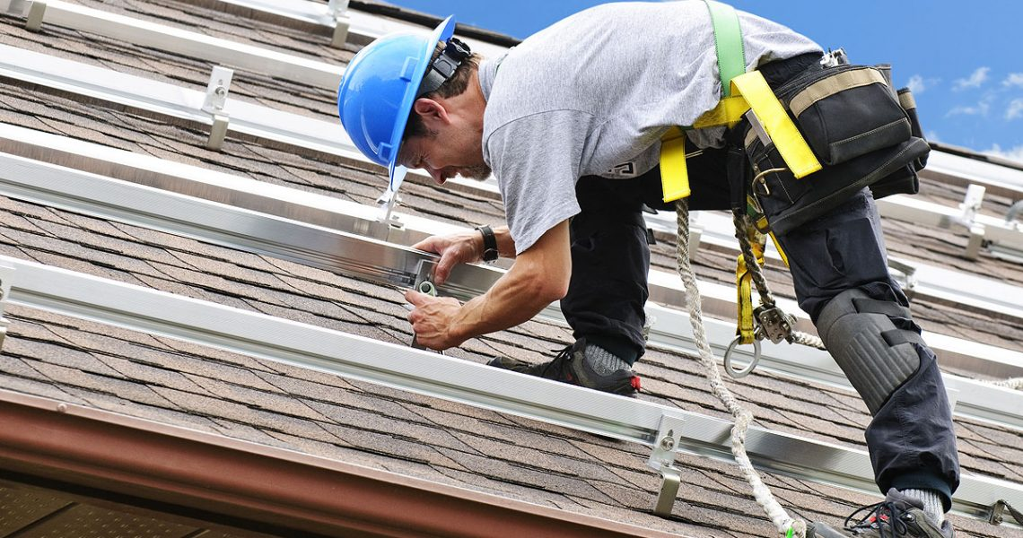 Ensure That You Get What You Pay For When Hiring A Roofing Contractor